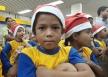 Campanha dos Correios é lançada com seis mil cartas; menino pede material escolar ao Papai Noel