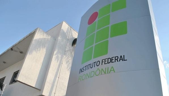 Ifro abre concurso para professores e técnicos com salários de até R$ 10 mil